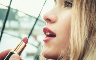 Choosing the perfect bridal lipstick