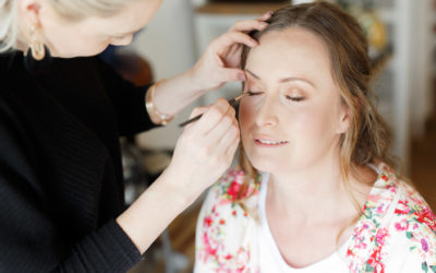 Choosing your wedding hair and make up artist